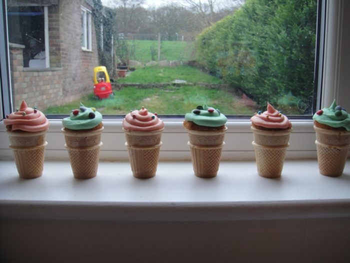 Victoria Sponge Cone Cupcakes