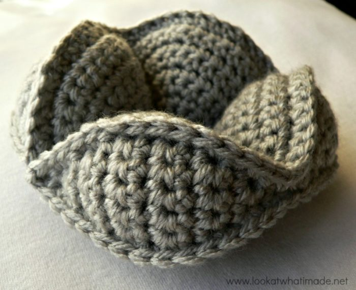 Crochet Amish Puzzle Ball Simple Segment