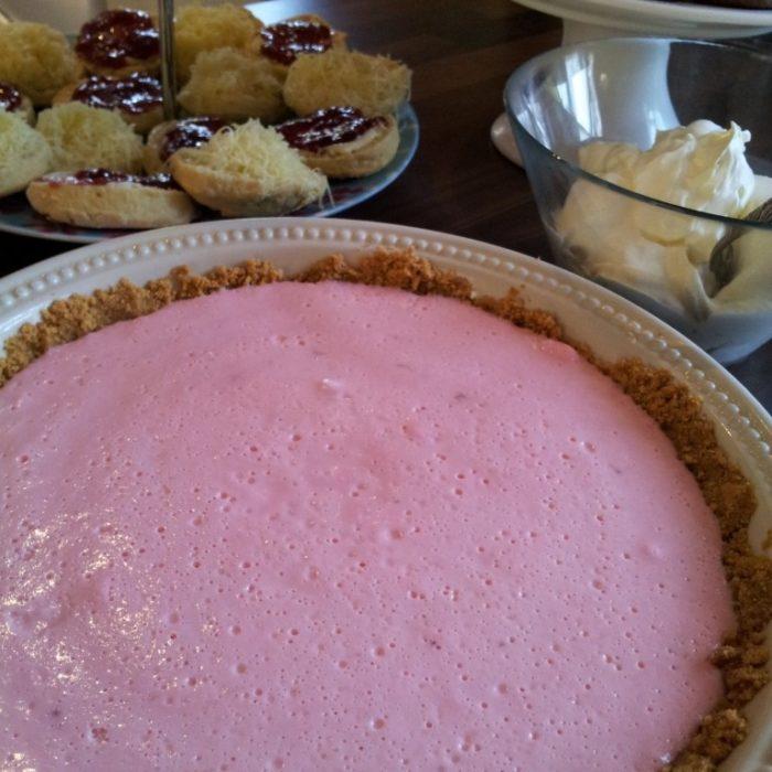 Marshmallow and yogurt tart