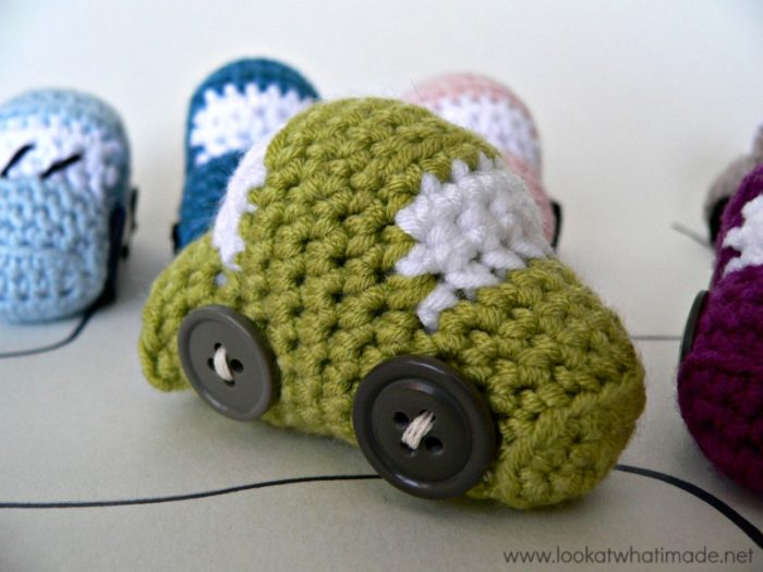Amigurumi Car Toy Free Crochet Patterns | Boy crochet patterns ... | 600x800