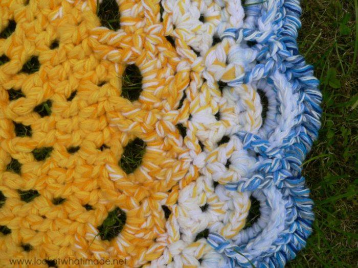 Crab stitch Crochet Rug Edge