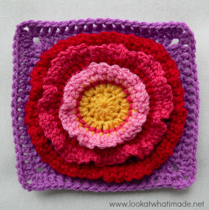 Flower Wreath Square Photo Tutorial Block a Week CAL 2014