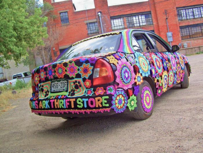 Yarn-bombed Car Noah's Ark Thrift Store