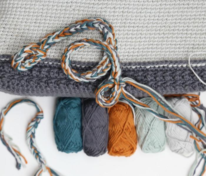 neutral crochet bag scheepjes mighty