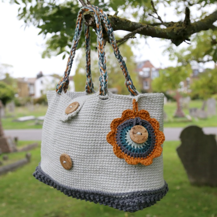 Crochet Crossed Single Crochet Bag with Flower Pouch
